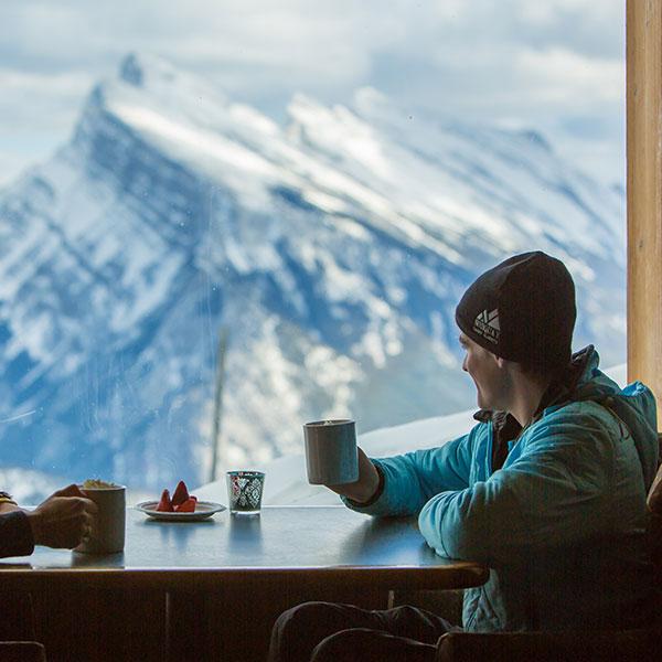 skiandplay-dining