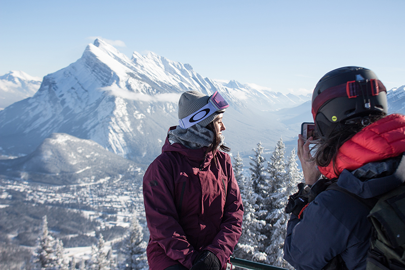 image-2-tatum-enjoys-a-bluebird-ski-day-fresh-powder-and-reflects-on-her-early-days-at-norquay