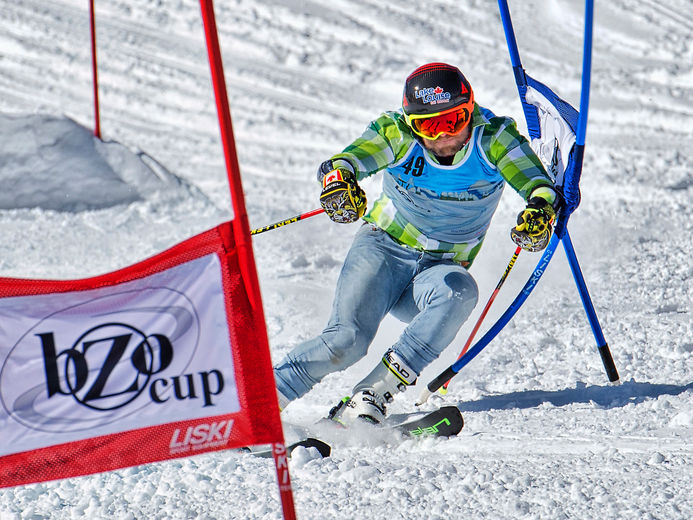 image-6-pyeongchang-2018-gold-medallist-brady-leman-hit-the-slopes-for-bozo-cup-at-norquay-on-march-31-2018.-photo-by-www.pamdoylephoto.com_