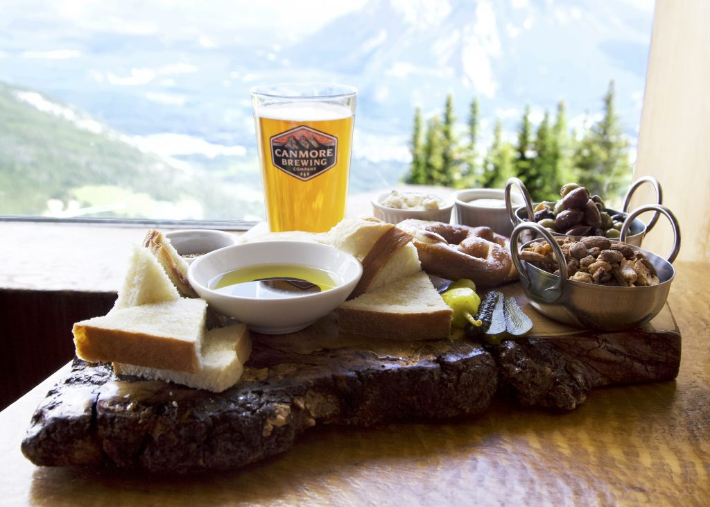 norquay_cliffhouse_bistro_beer_food_july2018_whitneyarnott_mg_0987