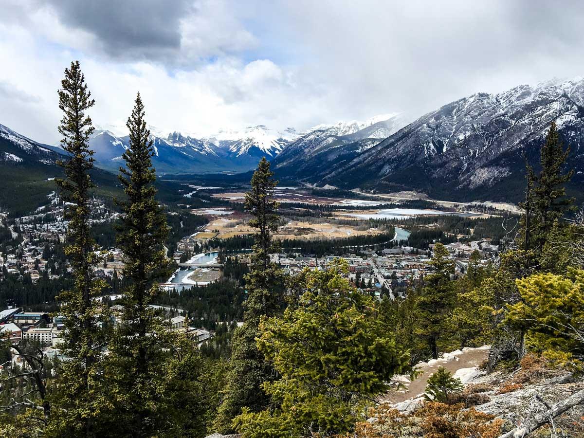 banff-tunnel-mountain-hike